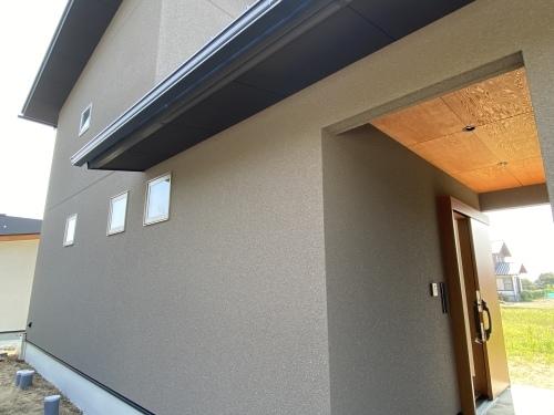 「屋根続きで玄関と外収納・スタイリッシュで機能的な家」@内灘_b0112351_18112062.jpeg