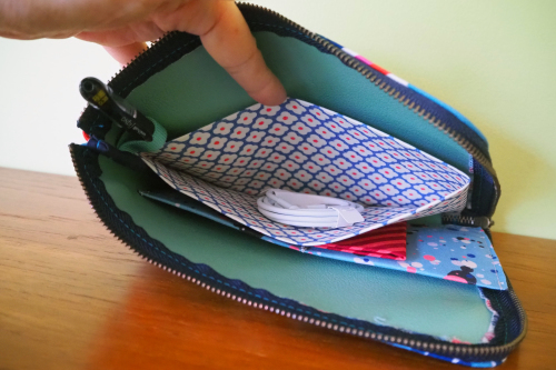 「multi case」でバッグの中も自分らしく_e0243765_11171373.jpg