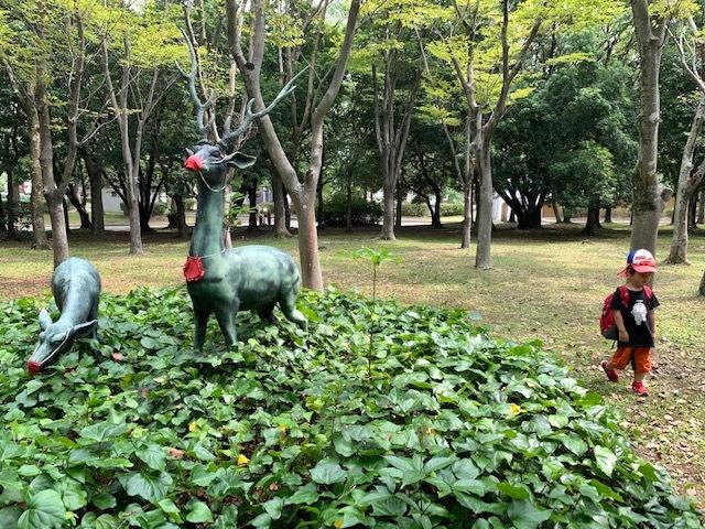 向山大池公園で出会った銅像にマスクが♪_c0316026_17321286.jpg