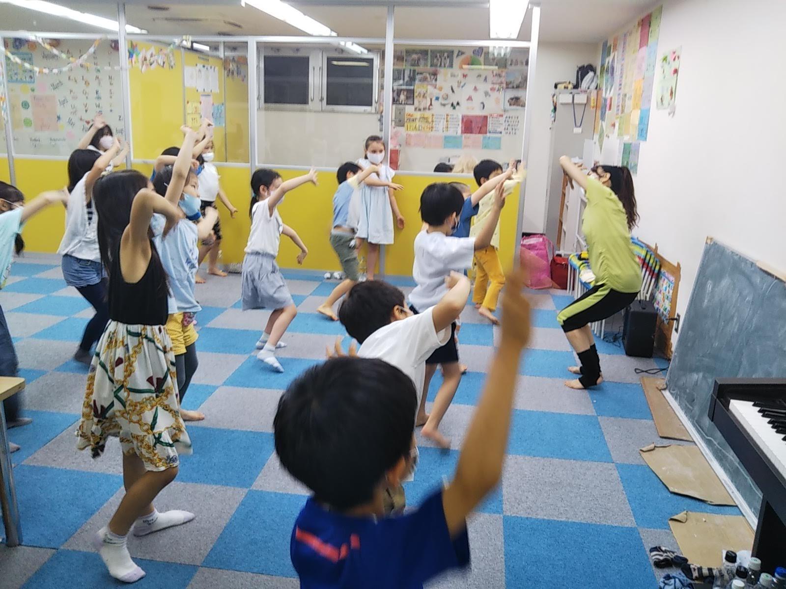 7月15日 Dance  Event ☆ ペットボトルで Dancing!_c0315908_11402790.jpg