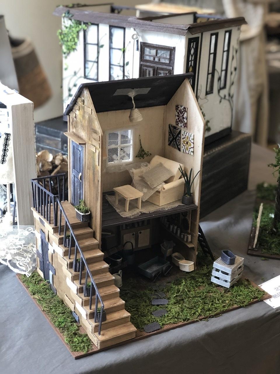 「こんなお家に住んでみたい♡」村田美穂ちゃんの「紙バントで楽しくミニチュアハウス」の出版記念作品展に行ってきました@表参道ギャラリーニイク_a0157409_14220216.jpeg