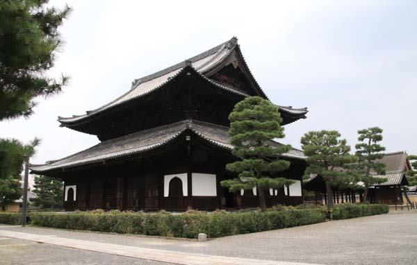 夏の建仁寺拝観_e0048413_18375365.jpg