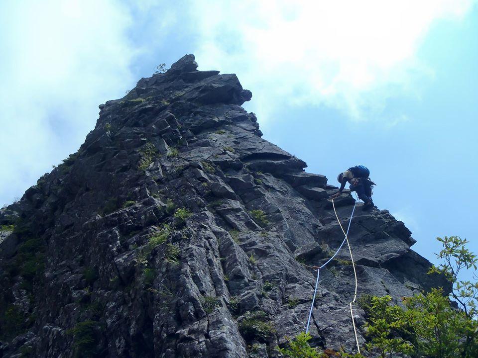 久々岩登り:2020.8.6 乾徳山旗立岩_d0100314_15413440.jpg