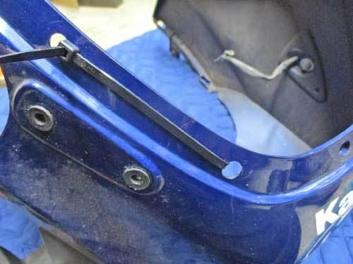 S田サン号 GPZ900Rニンジャのカウルステー&スクリーン交換だったりカウル補修からの車検取得で試乗・・・(^^♪ (Part2)_f0174721_20572957.jpg