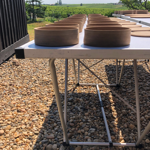 折り畳みテーブル Table pliante_e0243221_17010766.jpg