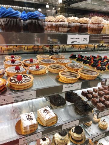 Whole Foods Market  クイーン店_c0340332_20321420.jpg