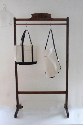 AN LinenオリジナルロゴbagとTシャツ_a0389638_22261463.jpeg