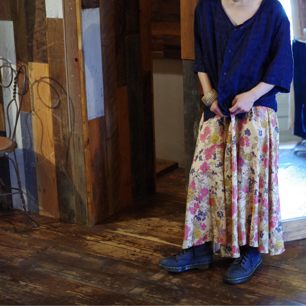 Flower Skirt × Navy Style_e0196261_17061676.jpg