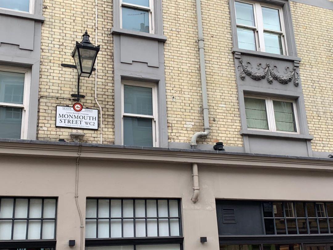 「ロンドンmonmouth streetとたいちゃん」_a0075684_08075783.jpg