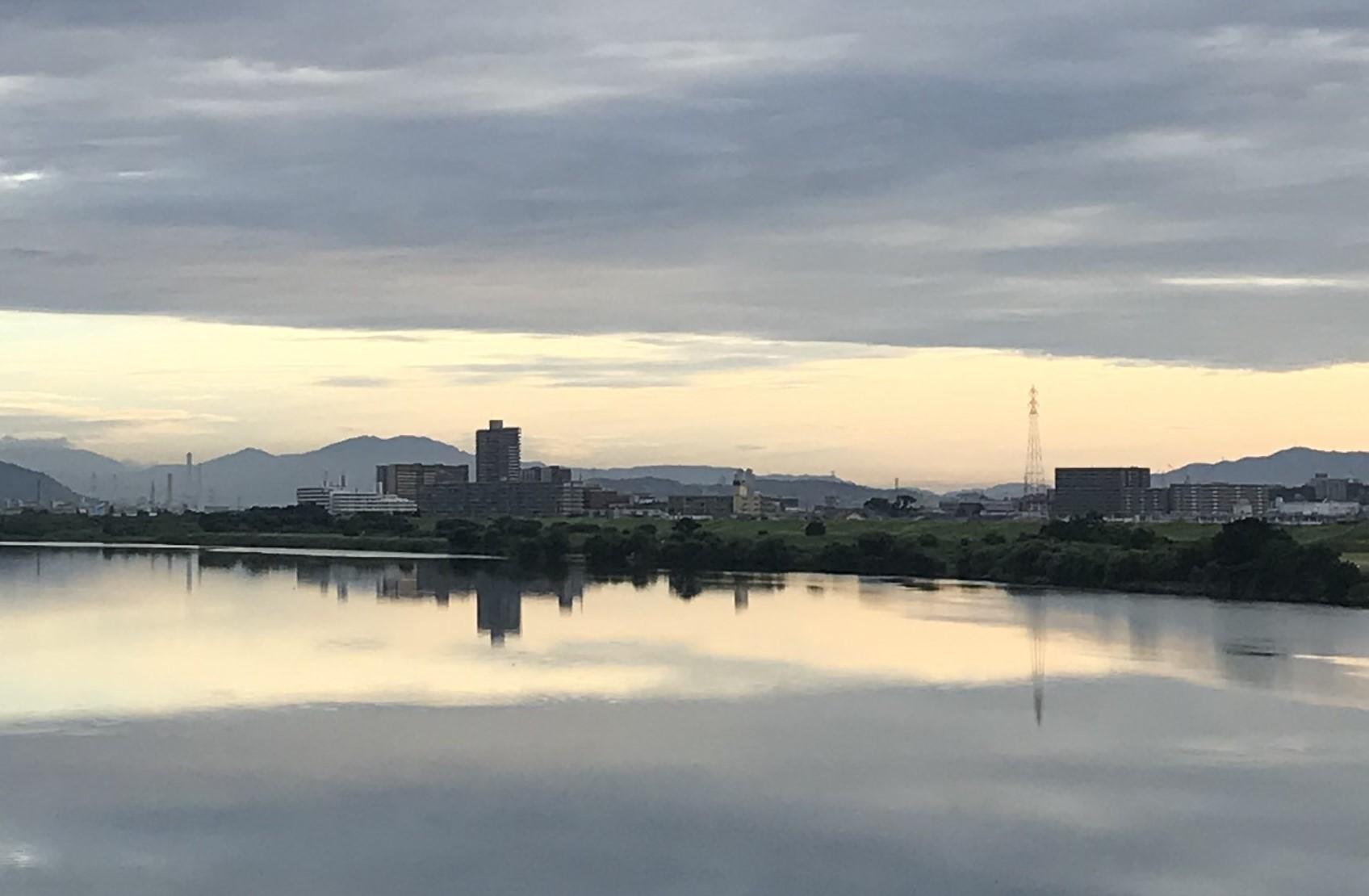 ビアランチ 北海道生搾り & ホワイトベルグ_b0176192_08434266.jpg