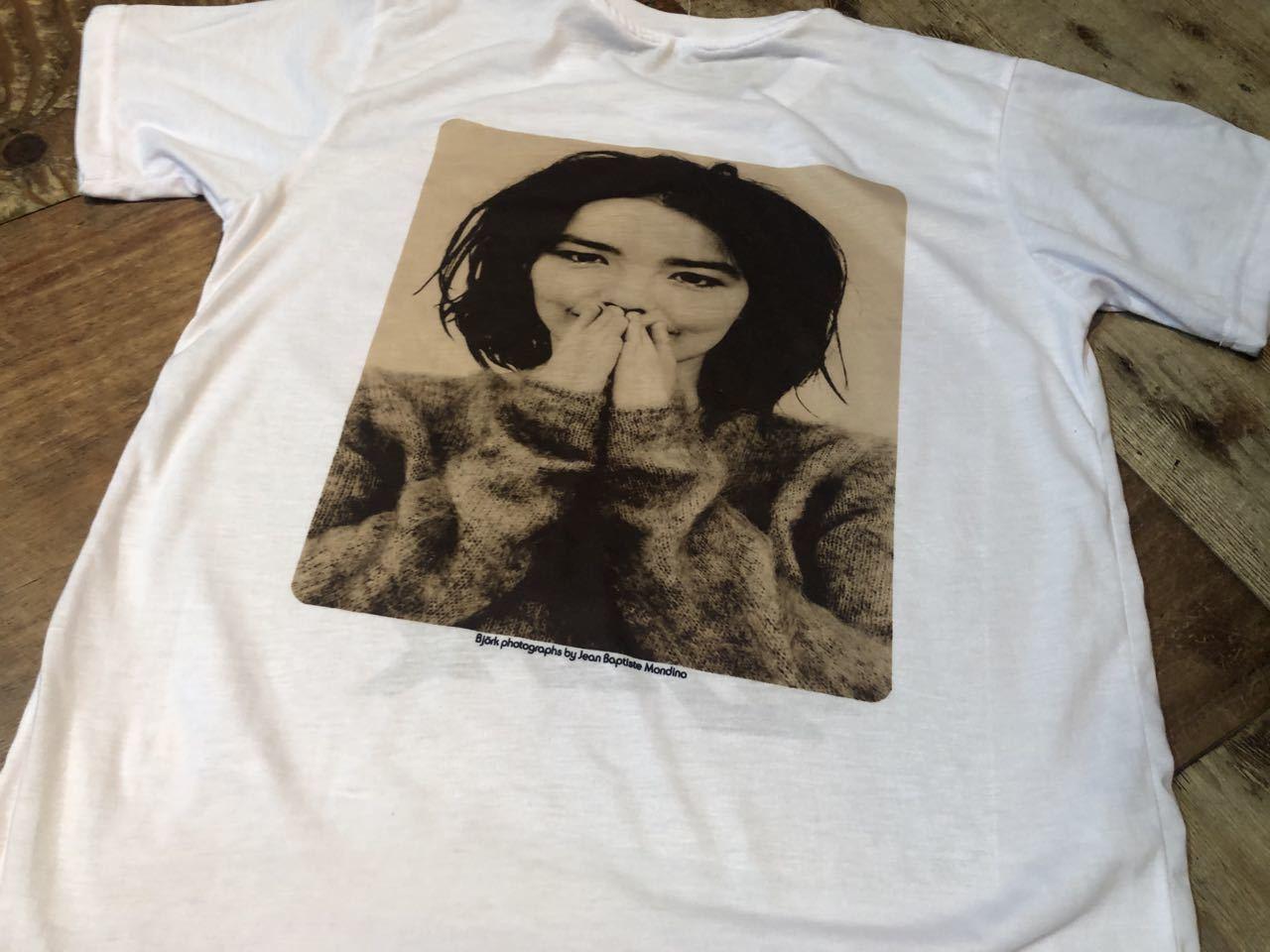 8月11日(火)入荷!ビョーク Björk Tシャツ!_c0144020_13055611.jpg
