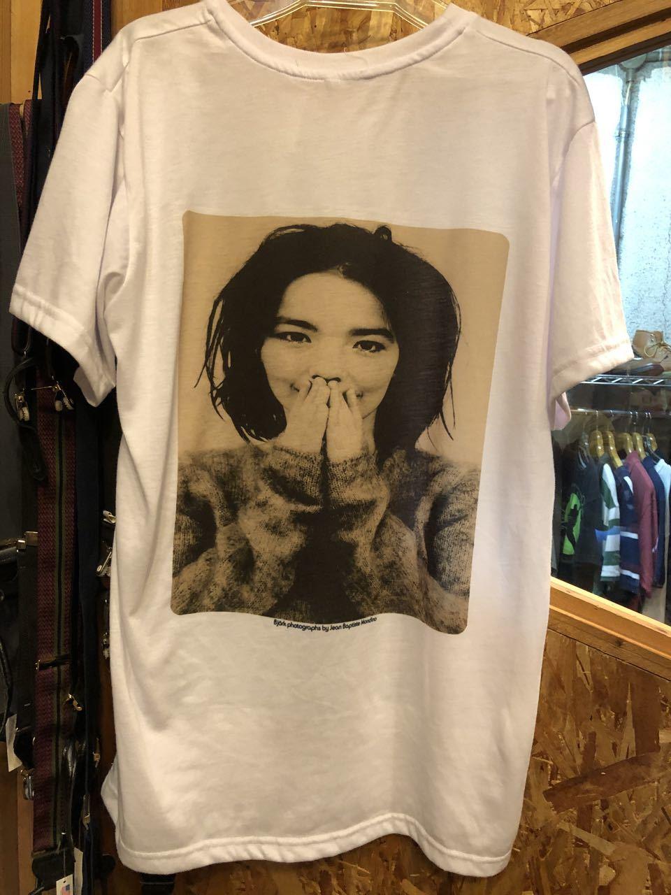 8月11日(火)入荷!ビョーク Björk Tシャツ!_c0144020_14343619.jpg