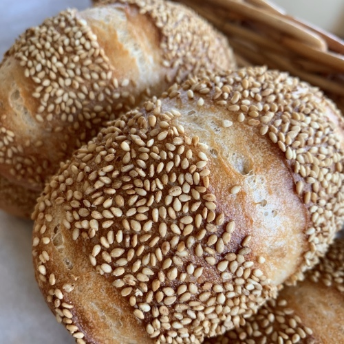 お盆中も 通常通りのパン販売しています 毎年恒例_a0134394_09350874.jpeg