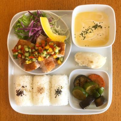 チキンソテー 夏野菜ソース_b0102217_15421332.jpg