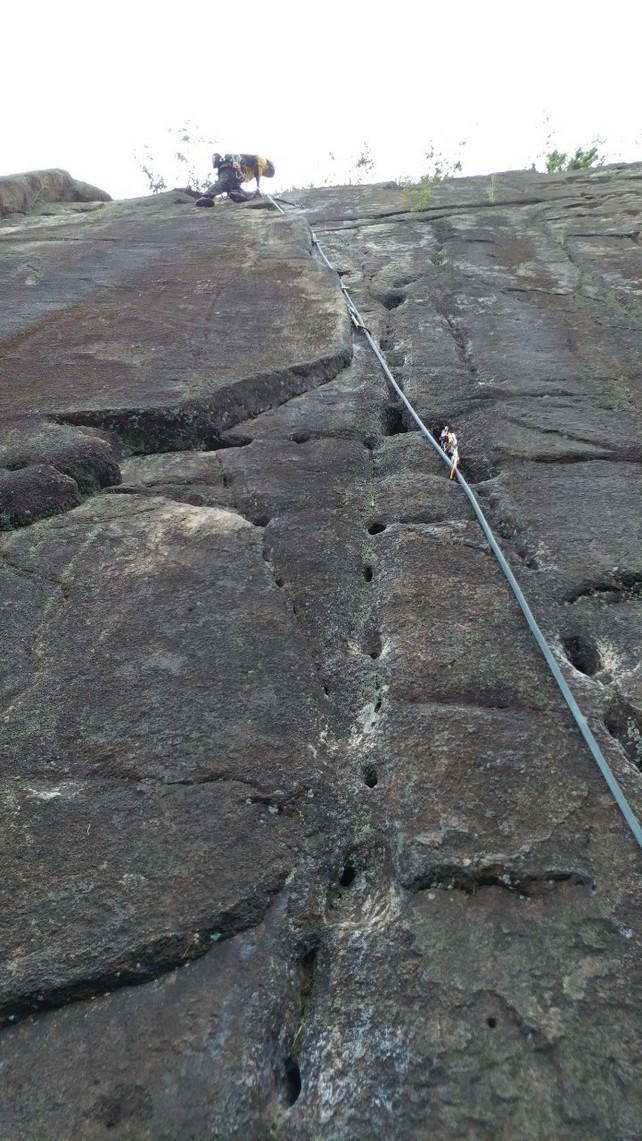 妙号岩クライミング_b0227552_18583767.jpg