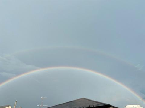 Over the Rainbow._f0038600_19102313.jpg