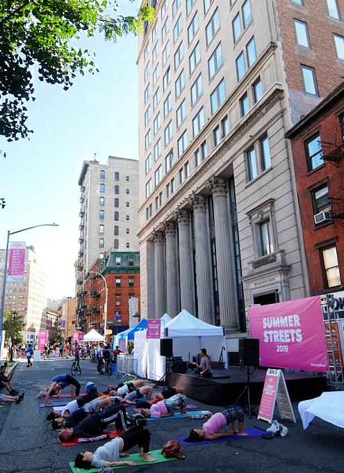 ニューヨーク観光旅行の知られざる最強おすすめイベント、サマー・ストリート_b0007805_23230123.jpg