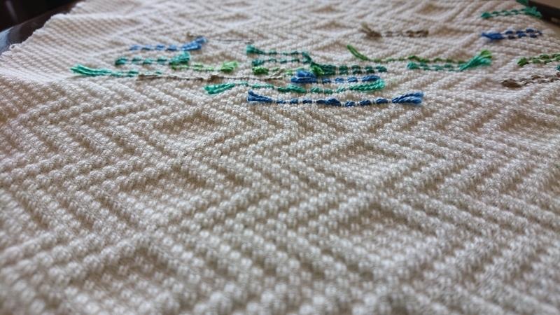 スウェーデン刺しゅう 糸継ぎの仕方_f0361510_14430860.jpg
