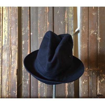 Brownラインの帽子たちを_a0157872_16035570.jpg