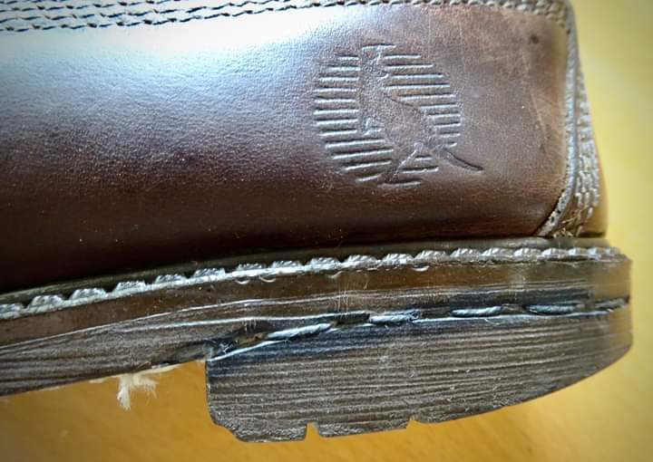 特別な靴(台湾での実話)_d0244370_01341161.jpg