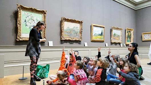 来週月曜日8月24日から、ニューヨークの美術館など室内施設が再オープンへ_b0007805_23341237.jpg