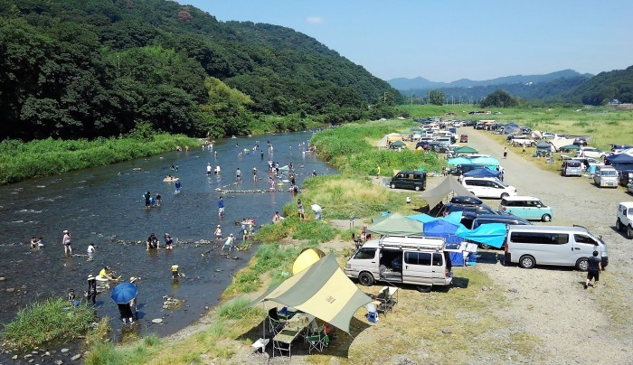 ■今日(8/15日)の河原の風景・【愛川町八菅橋から撮影 右側と左側】_b0033423_18521579.jpg