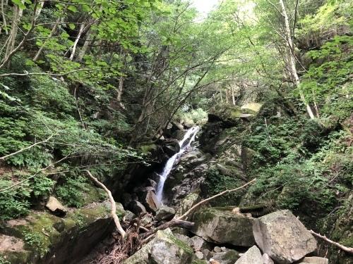 武奈ヶ岳 難関の八淵の滝ルートで攻略!_b0200358_13011201.jpeg