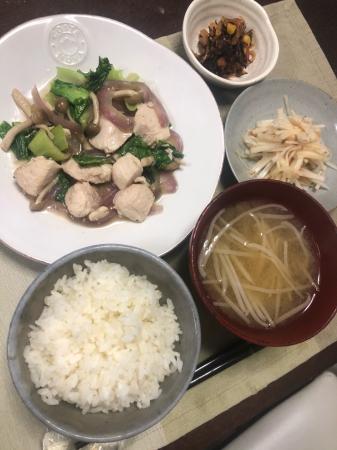 鶏肉とチンゲン菜の炒め物_d0235108_23141898.jpg