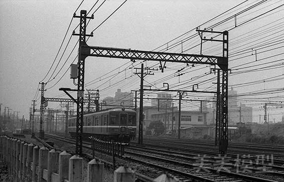半世紀前のネガシートから 東神奈川駅周辺_d0110009_11470771.jpg