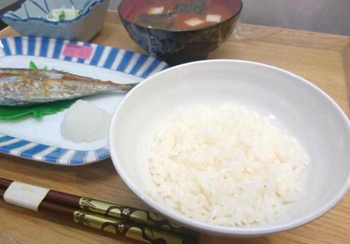 遠近ブースで食卓の見え具合を メガネのノハラ京都ファミリー店_f0349114_20181778.jpg