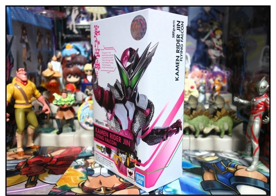 S.H.Figuarts 仮面ライダー迅 フライングファルコンで遊びまくり!!_f0205396_22310210.jpg