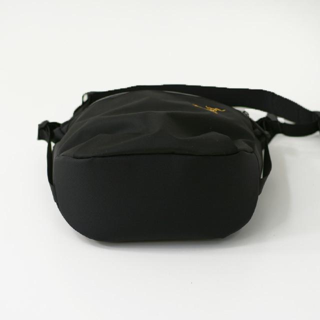 ARC\'TERYX [アークテリクス正規代理店] Arro 8 Shoulder Bag [24019] アロー8 ショルダーバッグ・MEN\'S/LADY\'S _f0051306_14504195.jpg