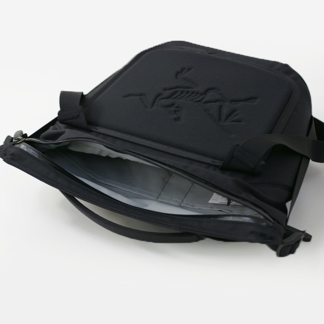 ARC\'TERYX [アークテリクス正規代理店] Arro 8 Shoulder Bag [24019] アロー8 ショルダーバッグ・MEN\'S/LADY\'S _f0051306_14504237.jpg