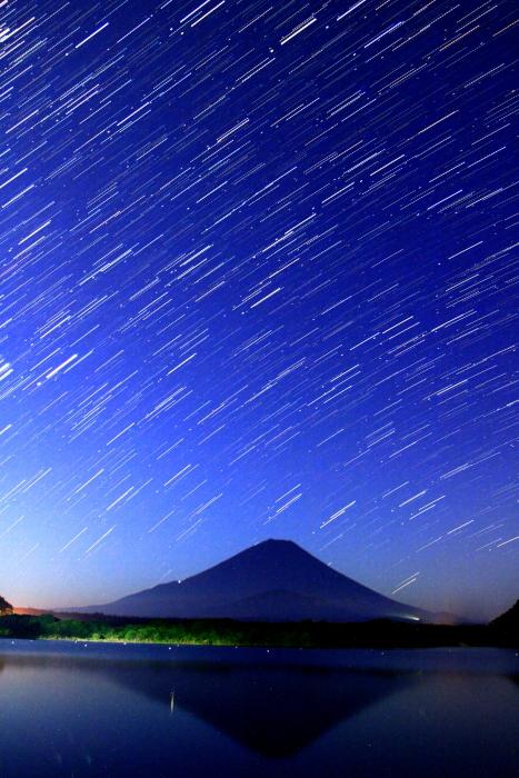 令和2年8月の富士(1) 精進湖の富士 _e0344396_20324801.jpg