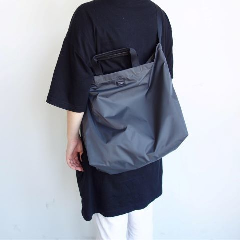 STANDARD SUPPLY : PACKABLE ONE STRAP TOTE_a0234452_16125115.jpg