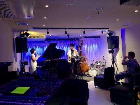 広島 Jazzlive Cominジャズライブカミン 明日8月24日月曜日からの演目_b0115606_12022297.jpeg