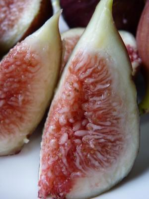 『甘熟いちじく』数量限定、完全予約制好評発売中!いちじくは不老長寿の果実とも呼ばれているフルーツです_a0254656_18032690.jpg