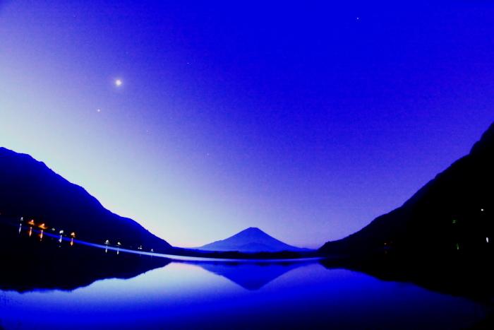 令和2年8月の富士(3) 精進湖朝の富士 _e0344396_16345266.jpg