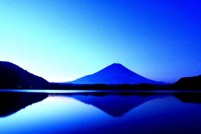 令和2年8月の富士(3) 精進湖朝の富士 _e0344396_16345280.jpg