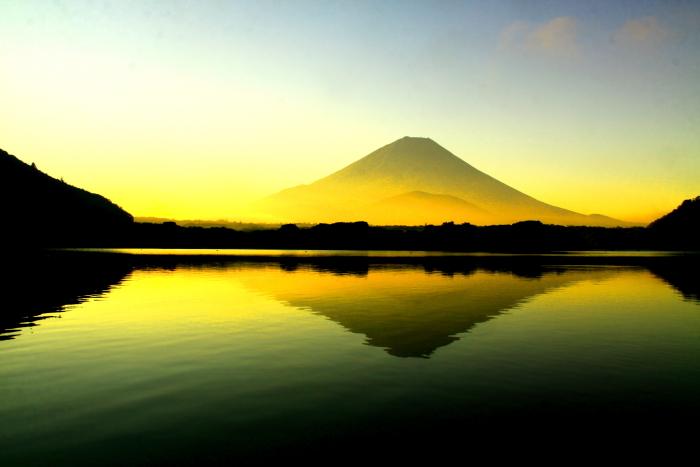 令和2年8月の富士(3) 精進湖朝の富士 _e0344396_16345293.jpg