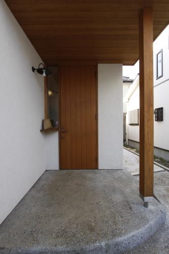 玄関ドアは・・・_a0148909_15443532.jpg