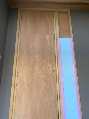 玄関ドアは・・・_a0148909_16294491.jpg