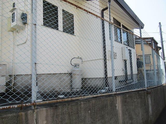 まさに「軒下在庫」 災害に備え駿河台三丁目自主防災会でガス発電機を購入_f0141310_07541373.jpg