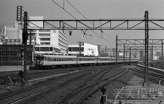半世紀前のネガシートから 国鉄 千葉駅 ②_d0110009_10363374.jpg