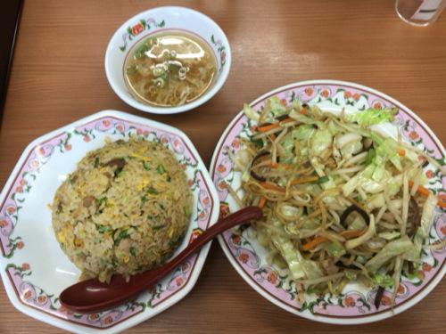 「餃子の王将 博多駅前店」炒飯&焼そばの黄金タッグが好きです_c0403415_21024292.jpg