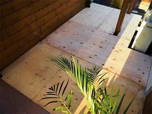 [DIY]で新部屋を作る。~漸く床張り作業に入る~_a0282620_11051595.jpg