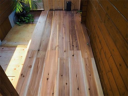 [DIY]で新部屋を作る。~漸く床張り作業に入る~_a0282620_11052634.jpg