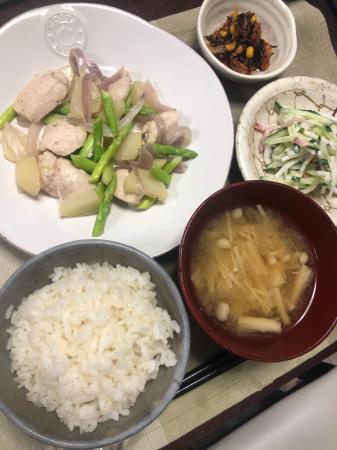 鶏肉とアスパラの炒め物_d0235108_21310470.jpg