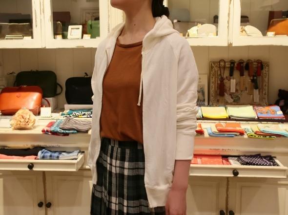 オニールオブダブリン リネンプリーツスカートです。_c0227633_14282851.jpg