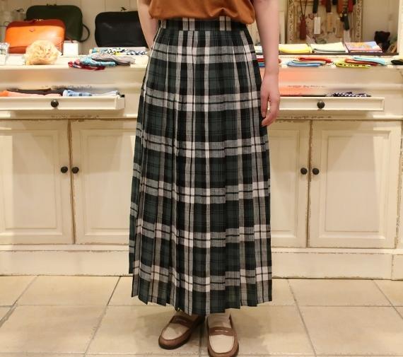 オニールオブダブリン リネンプリーツスカートです。_c0227633_14291575.jpg